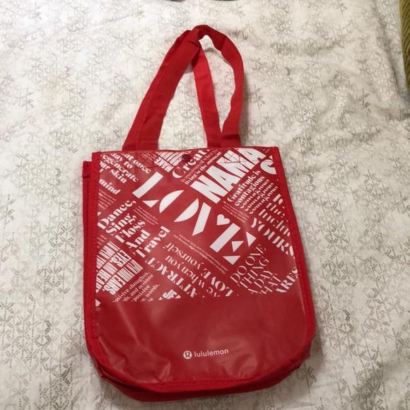 lululemon athletica Handbags - Lulu lemon bag!